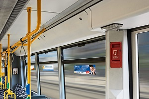 Straßenbahn, Tram, Seitenscheibenwerbung, Berlin, Innenwerbung