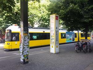 Straßenbahn, Tram, Traffic-Board, Berlin